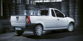 1 NISSAN NP200 1.6 8V A/C+SAFETY PACK