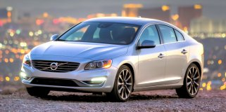 VOLVO S60 T4 INSCRIPTION GEARTRONIC