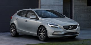 1 VOLVO V40 T3 KINETIC GEARTRONIC