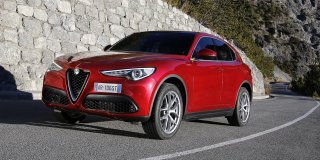1 ALFA ROMEO STELVIO 2.0T Q4 FIRST EDITION