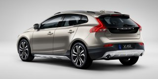 1 VOLVO V40 CROSS COUNTRY T4 MOMENTUM GEARTRONIC